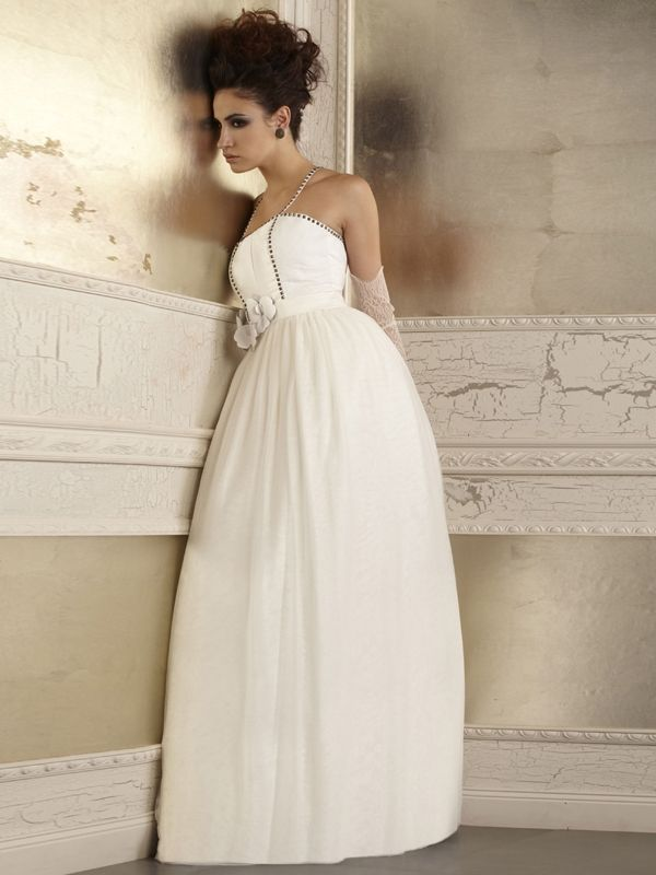 Della Giovanna Wedding Dresses - Fall 2014 Bridal Collection | Junebug Weddings