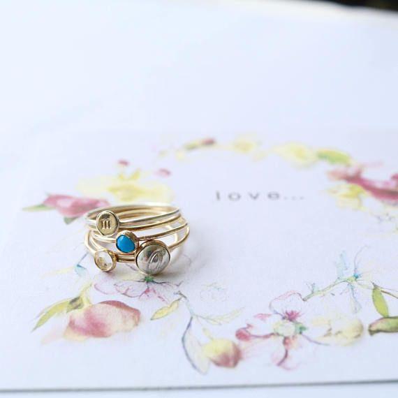 Delicado anillos iniciales / apilar anillos iniciales / dama