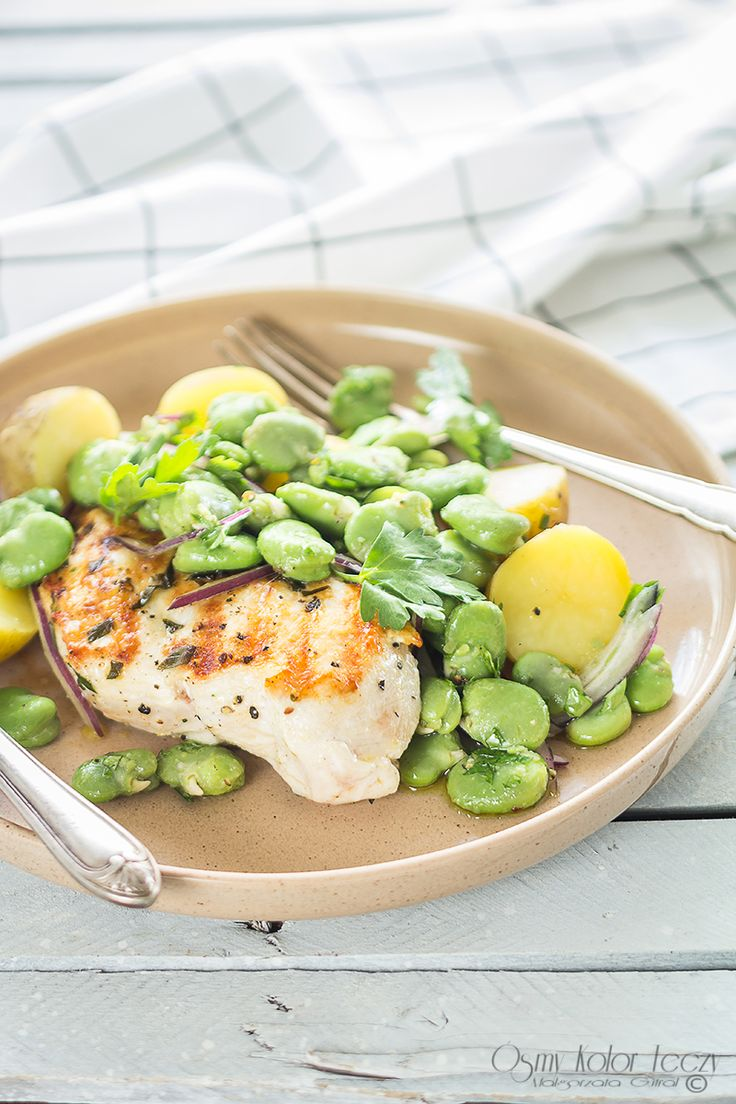 Grilled chicken breast with broad bean
