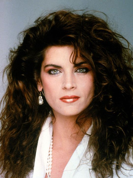 kirstie alley young 80s