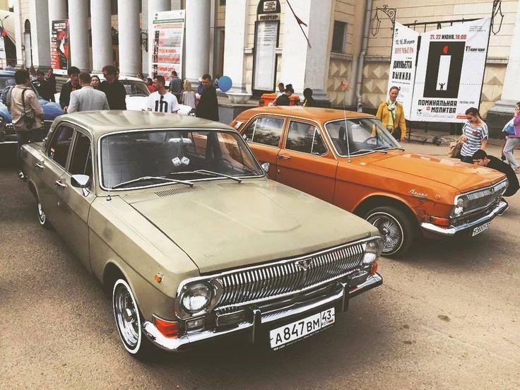 GAZ 24 Volga with Cragar wheels #газ24 #cragar #волга #GAZ24