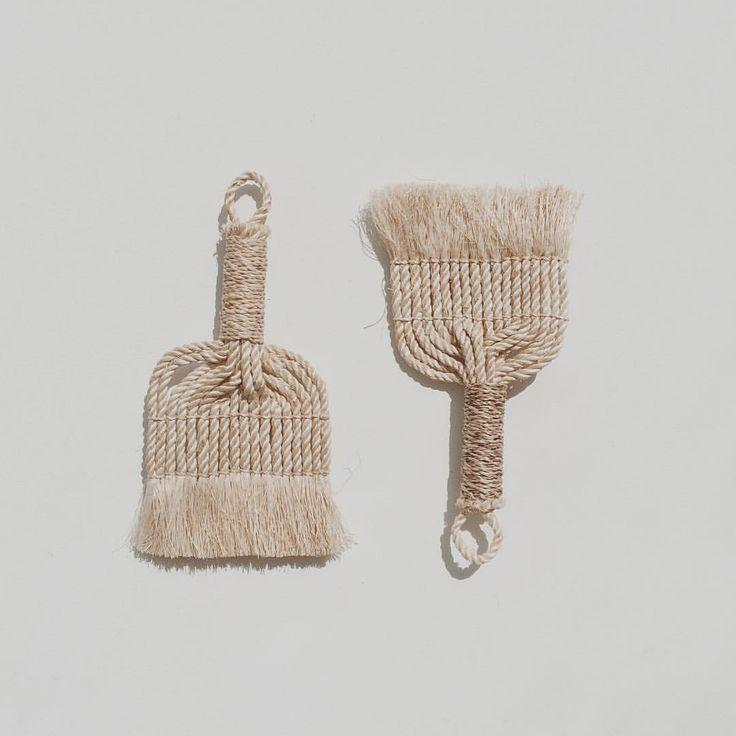 Brushes made of Musa Basjoo, plant similar to Banana, used to make fabric #芭蕉 #芭蕉布 #Okinawa