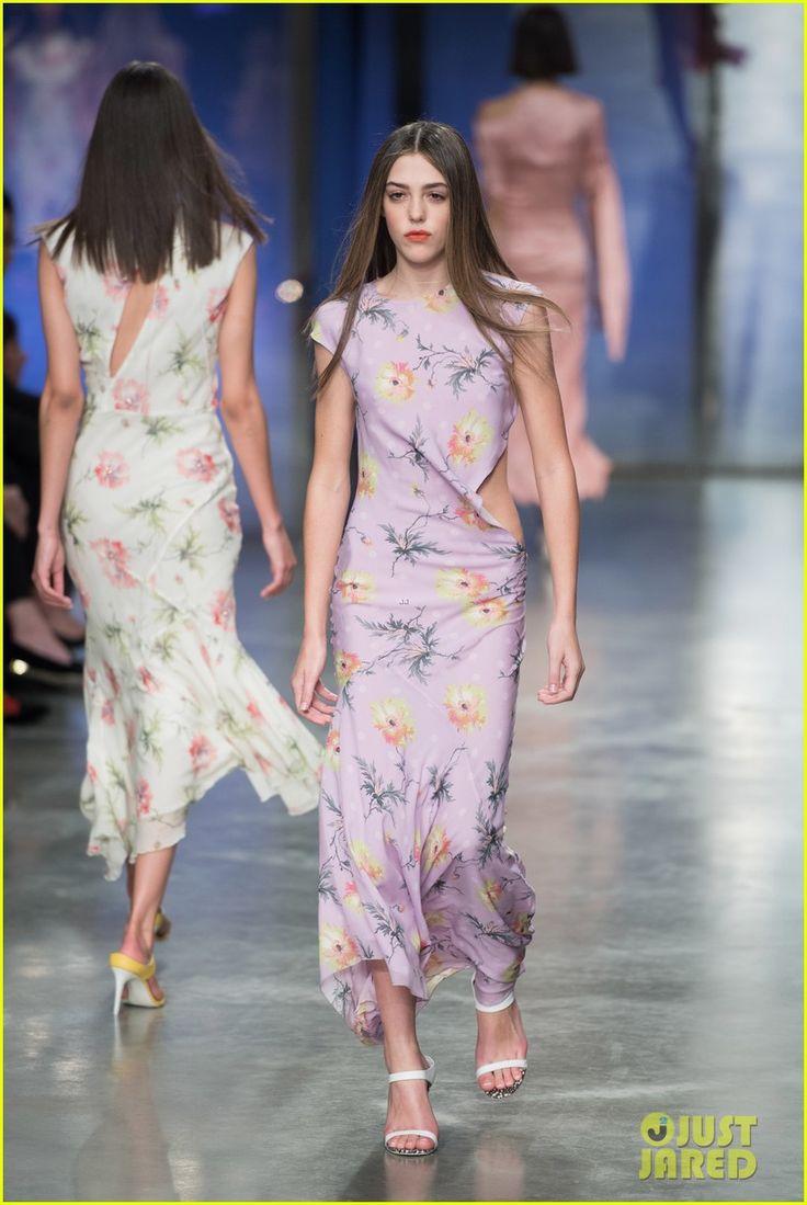 Sofia Richie & Dua Lipa Wear Same Top to Topshop Show