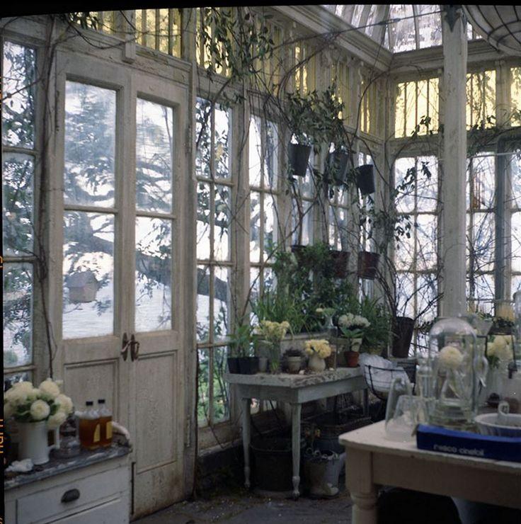 Garden room inside the Practical Magic set.