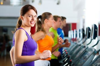 """The 4 best gym machines for weight loss: Treadmill; """"group cycling"""" bike; rowing machine; and, """"steppers"""""""