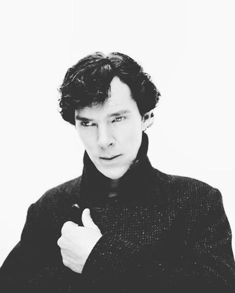 God do you remember that time when Ben whipped his scarf off in the middle of The Empty hearse? ☺️ - QOTD: fav song? AOTD: Moskau, by Dchingus Khan - #benedictcumberbatch #benedicttimothycarltoncumberbatch #cumberbatched #cumberbabe #cumberbunny #cumberpeople #sherlock #bbc #fandom #sherlockholmes #sherlocked #sherlockbbc #sherlocklives #superwholock #johnlock - #mycroft #mycroftholmes #meme #photography #photographer #actor #beautiful #handsome #cute #fanart #art #artsy #tumblr #doctorst...