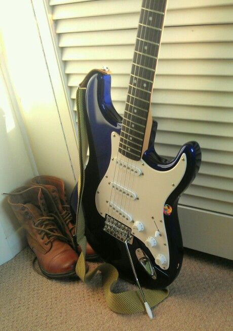 Fender squier strat affinity series electric blue