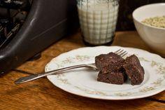 Brownies crus aux graines de chanvre - La dernière bouchée                                                                                                                                                     Plus
