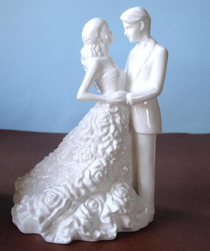 Wedding  Monique Lhuillier Bride and Groom Cake Topper - WeddingWish.com.au