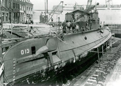 Submarine O13 in dock