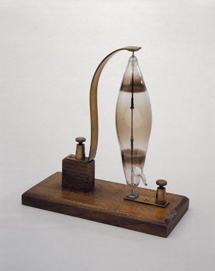Swan's electric filament lamp, 1878-1879