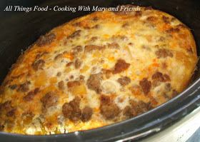 Crockpot Breakfast Casserole....poof...wake-up and breakfast is done...love this idea...especially around the holidays!!!