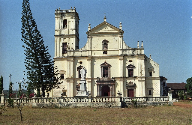 17 best images about goa damao diu on pinterest the for Religious buildings in india