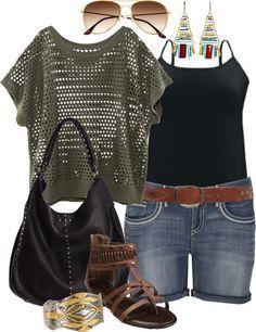 Blick auf die Besten Sommer Outfits für Mollige Frauen #damenmode #modefürmollige #modefürfrauen #sommermode