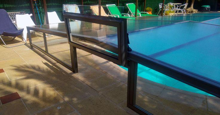 Abri bas de piscine de la gamme ACCES - design épuré et robuste aux intempéries !