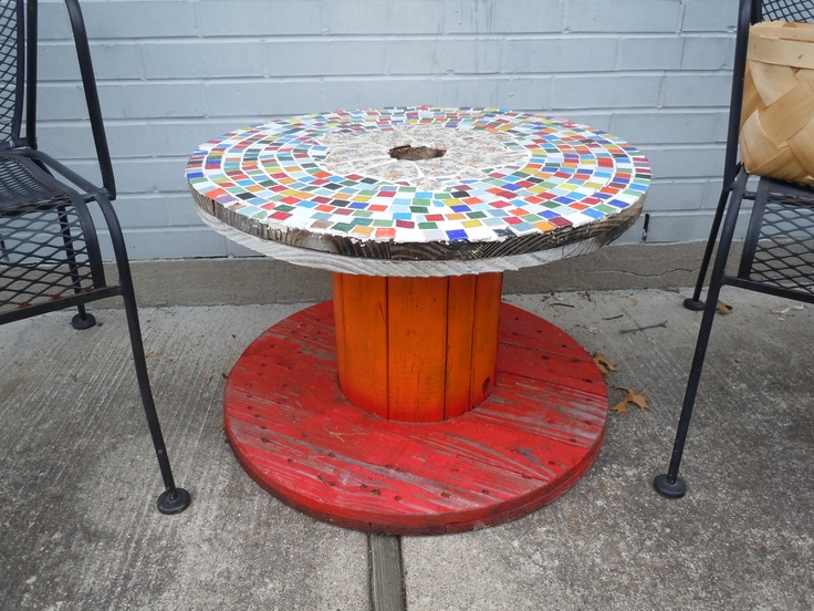 My Mosaic Table Made From A Wooden Wire Spool Gardening