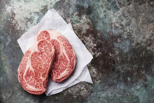 100% authentic pure Japanese Kuroge breed A5 grade Wagyu Ribeye steaks with high-marbled texture (BMS 8-12). Loco Steaks' special selection ensure perfectly mar