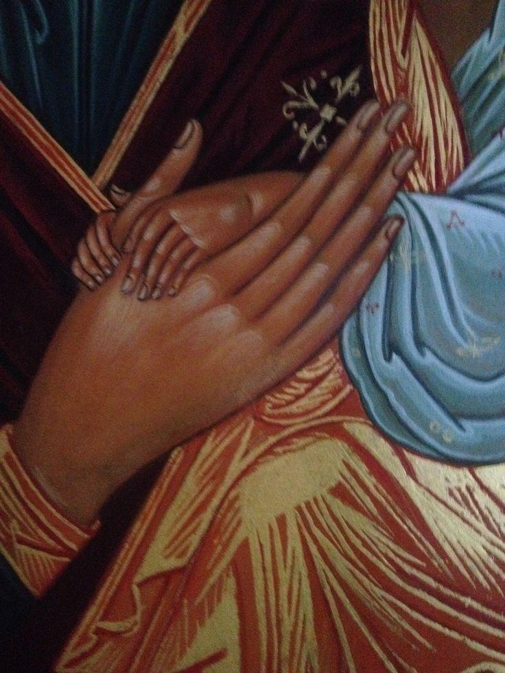 Détail main Mère-enfant