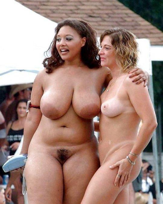 old short nude ladies in bed