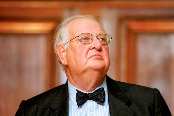 Nobel prize in economics won by Britain's Angus Deaton - live reaction | Business | The Guardian