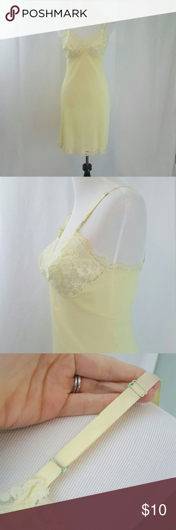 Vintage 1960s Yellow Bullet Bra Slip Dress S GUC . This is a sweet slip chemise by Gossard Artemis. Size 34 There is some discoloration to the straps where the findings are. ModCloth Intimates & Sleepwear Chemises & Slips
