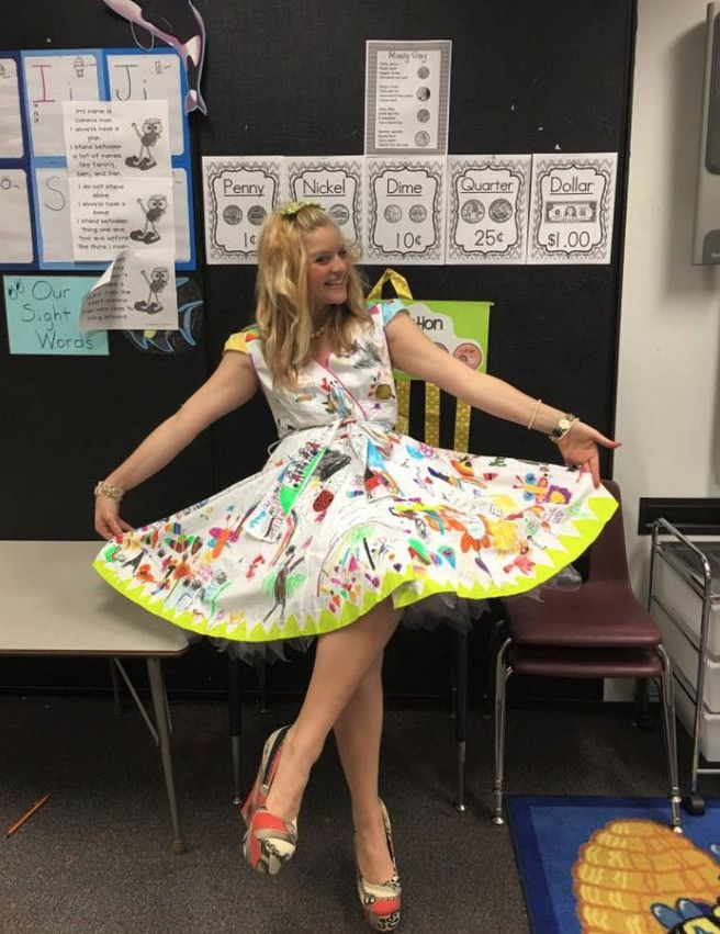 Η Chris-ShaRee Castlebury, μια χαρισματική δασκάλα από την πόλη Lawton στην Οκλαχόμα των ΗΠΑ, επιφύλαξε μια έκπληξη στους μικρούς της μαθητές που τους έμεινε αξέχαστη.