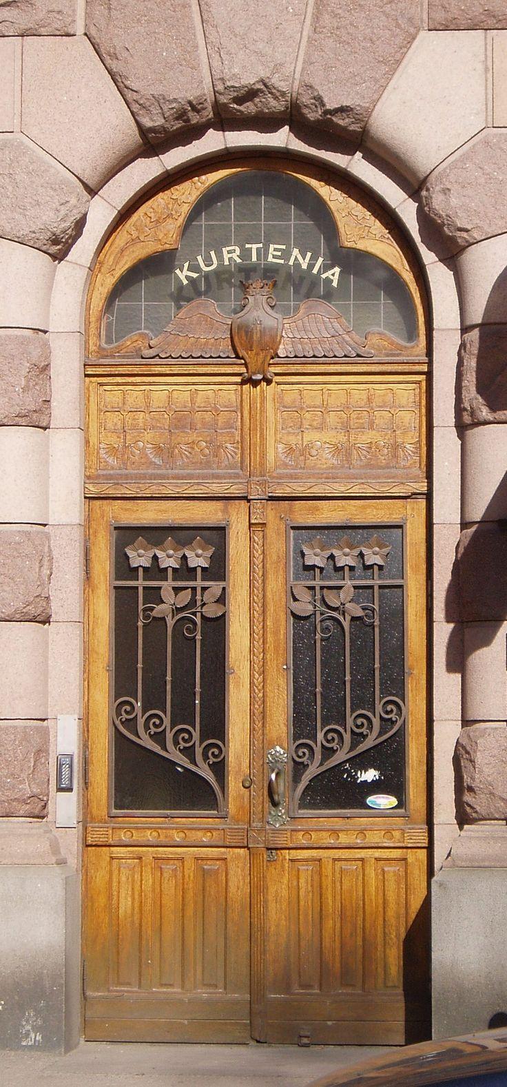 Door, Kurtenia house in Vaasa, Finland