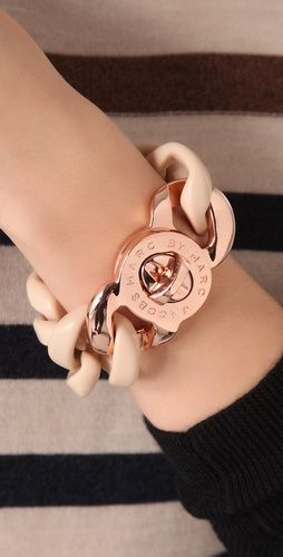 Marc Jacobs link bracelet. Love the nude with the shine of Rose Gold.