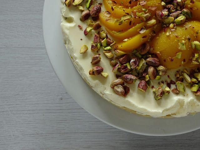 Uit Mijn Keukentje: Kwarktaart met perzik en pistachenoten