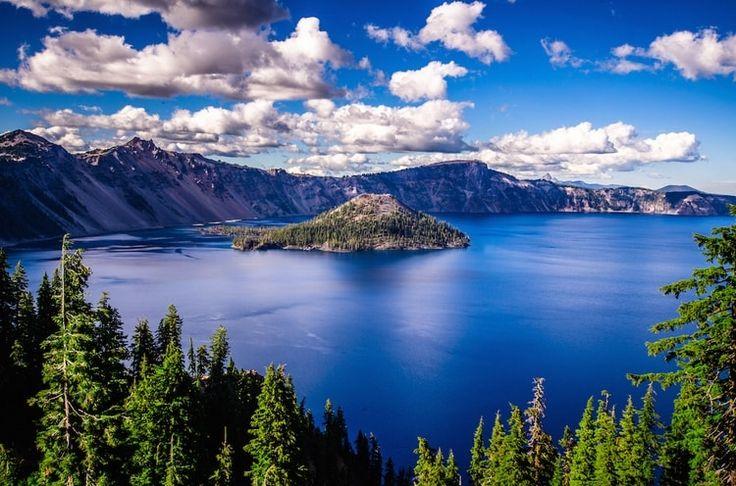 Le Crater Lake en Oregon aux Etats-Unis