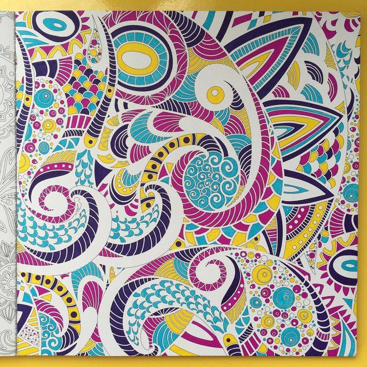 Enfin terminé ! Assez long mais j'ai adoré le faire ! #inspirationbollywood de #dessainettolra #coloring #colors #coloriage #coloringbook #colorbute #coloringforadults #coloriageantistress #coloriagepouradulte #artherapie #arttherapy #arttherapie #staedler #beetweenthelines #mandala #mandalas #mycolorfulmoment #mandalasantistress #moncoloriagepouradultes #feutres #passion