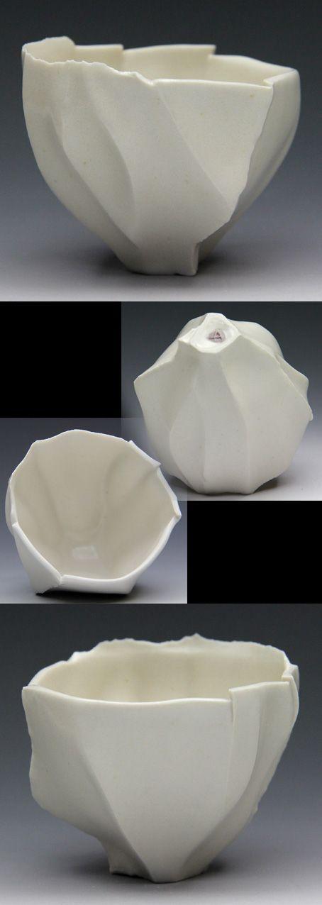 Ayako Matsudaira (Japan, b.1981)     sake bowl.