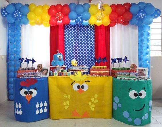 Decoracion de mesa de postres gallina pintadita - Curso de Organizacion del hogar