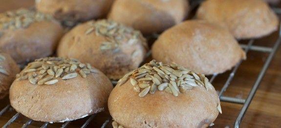 Volkoren spelt broodjes 1