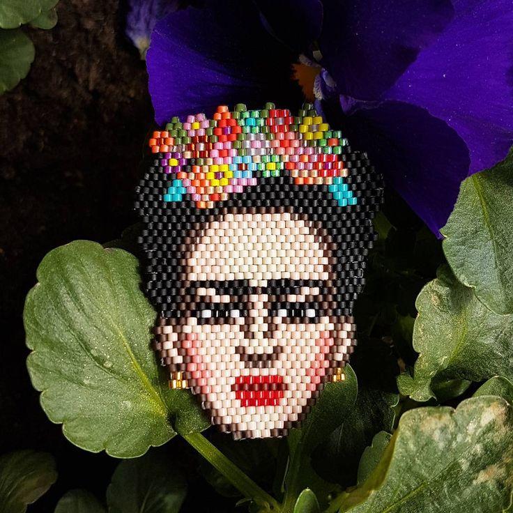 "67 Beğenme, 5 Yorum - Instagram'da Filo Handmade (@handmadefilo): ""Frida Kahlo  #fridakahlo #frida #fridakahloinspired #fridakahloart #fridabrooch #fridastyle…"""