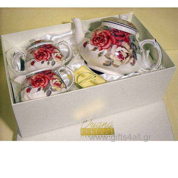 Διακοσμητικό και Χρηστικό Σετ πρωινού από πορσελάνη του οίκου Οriana Ferelli διακοσμημένο με floral θέμα κόκκινο τριαντάφυλλο και με μικρές πινελιές χρυσού στο τελείωμα. Ιδανικό για την διακόσμηση του σαλονιού ή της τραπεζαρίας σας. Το σετ περιλαμβάνει Τσαγιέρα, Ζαχαριέρα, Γαλατιέρα. Κατάλληλο για σερβίρισμα τσαγιού, γάλα, καφέ, ζάχαρης.
