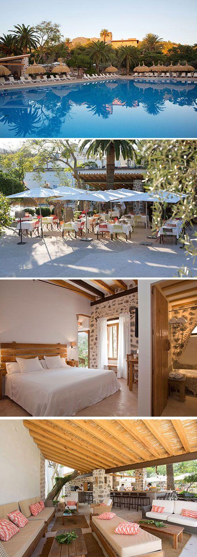 Hotel Es Port is een viersterren hotel gevestigd in een 17e eeuws herenhuis nabij de haven van Sóller en aan de voet van de Tramuntana bergketen. Geniet van een authentieke, rustige sfeer op het Spaanse eiland Mallorca.