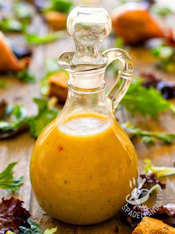 Il Condimento agli agrumi e mela verde si presta ottimamente per condire insalate e insalatone o carpacci di carne e pesce. Ottimo con la stagione calda.