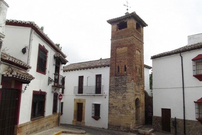 Ronda nevű kisváros - Andalúziában 20 fok és napsütés várja az embert, ráadásul olcsón el is lehet jutni oda. Mi egy hetet töltöttünk ott december