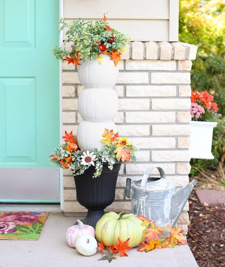 20+ Fall Porch Decorating Ideas That Have Us Bewitched ...