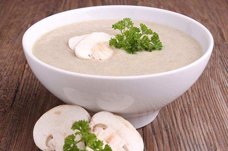 Recette facile et rapide du velouté de champignon au Thermomix (TM5 ou TM31). Une soupe super onctueuse et savoureuse avec ses champignons frais !