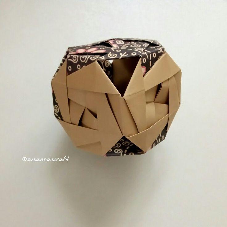 Gurinpusuke  Designer:?  Folded by Zusanna's Craft