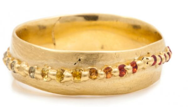 http://www.jckonline.com/editorial-article/trend-file-the-rise-of-perfectly-imperfect-jewelry/?utm_source=JCK eNewsletters