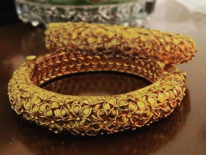 Bang-It Bangles #awesome #beautiful #christmas #dashing #elegant #fashionista #gettingready #handmade #indianjewellery #jewelry #jewelry #lookgood #mesmerising #new #owsome #partywear #queen #real #superb #turntheheads #unique #vikings #wonderful #xmas #yearn4it #zingy