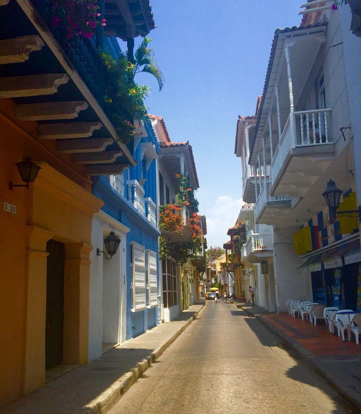 Bello realismo mágico el de Cartagena, en cada calle respira Gabo y vive la ilusión de encontrarlo @Colombia