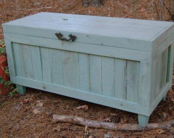 Hoop borst / Toy Box / teruggewonnen hout / door LooneyBinTradingCo