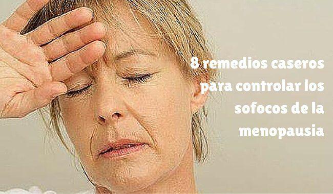 Los sofocos son uno de los síntomas más molestos de la menopausia. Te compartimos 8 remedios naturales para controlarlos.