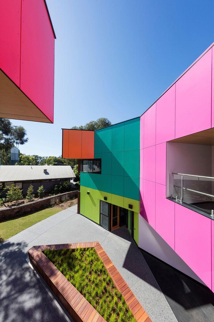 Eine Schule, die alles über Farbe von McBride Charles Ryan ist