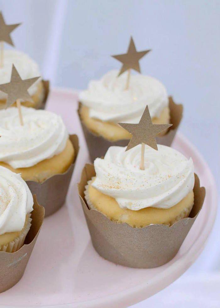 Twinkle Twinkle Little Star themed baby shower via Kara's Party Ideas KarasPartyIdeas.com (7)