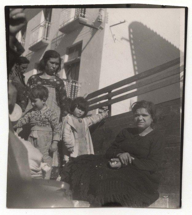 Refugees from Málaga in Almería, Spain, Feb 1937//Gerda Taro